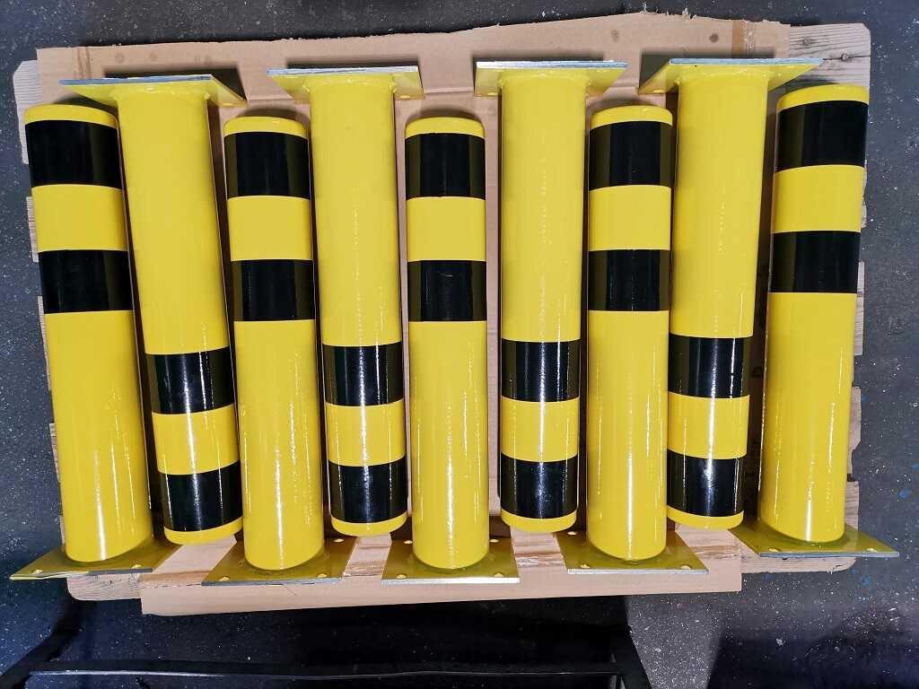 Odbojnice spawane pod wymagany wymiar z grubej stali, malowane proszkowa